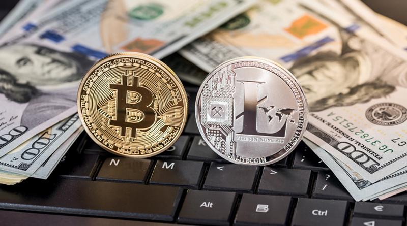 Физические изображения монет криптовалют Bitcoin и Litecoin